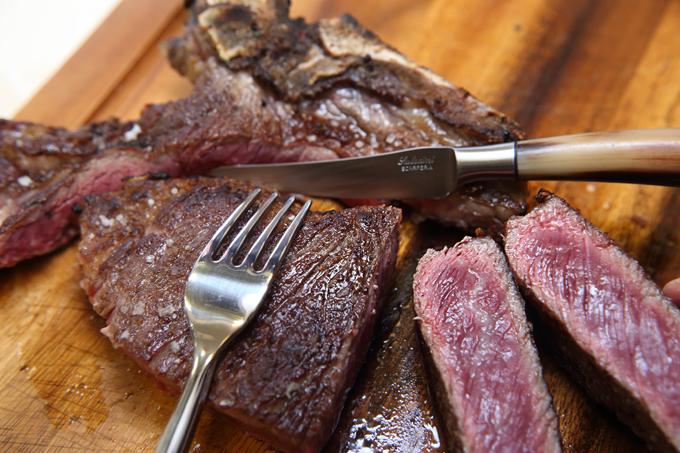 「熟成牛 & 薪焼き」のイメージ写真