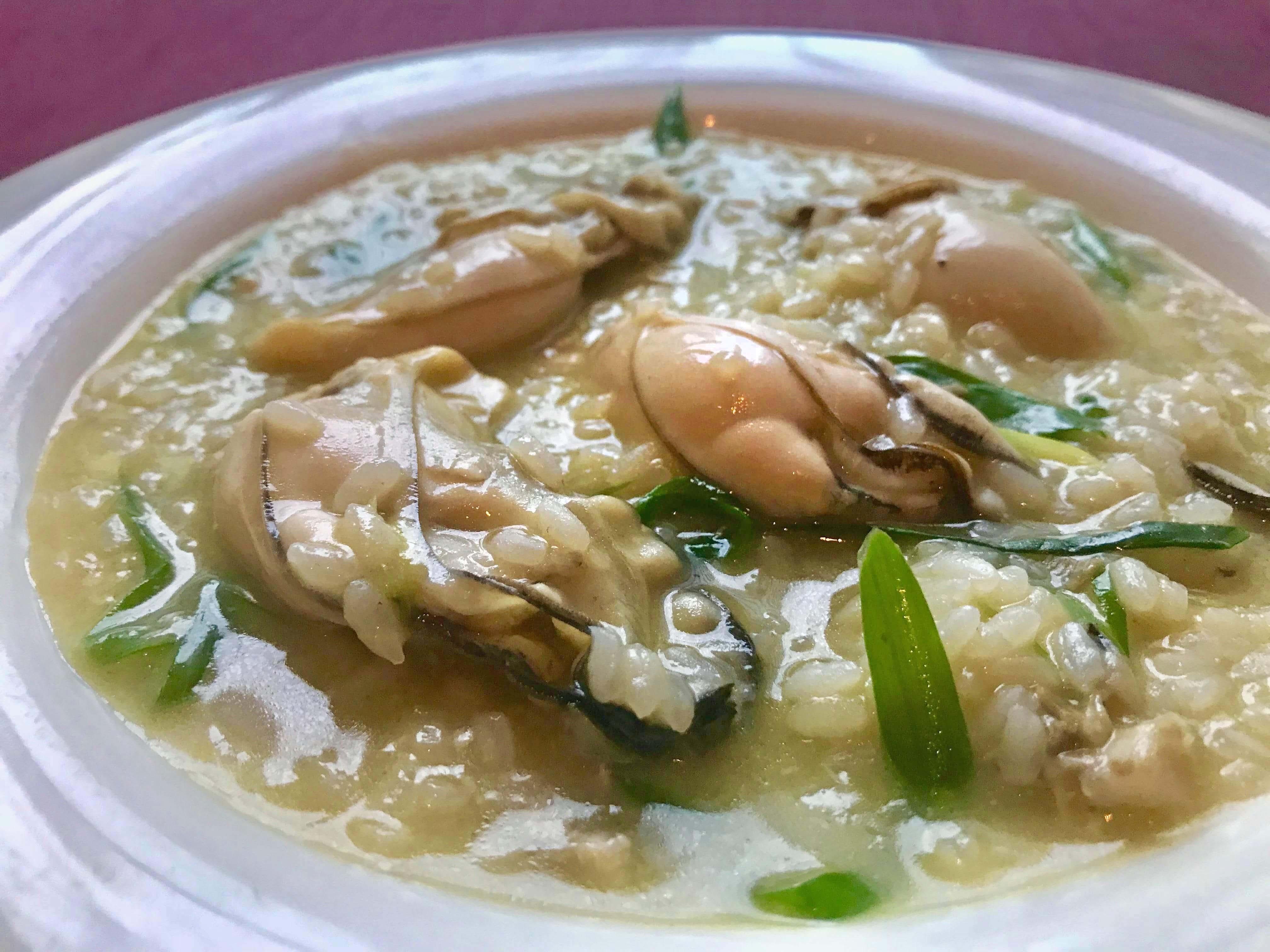 「北海道 仙鳳趾産牡蠣と九条葱のリゾット」のイメージ写真