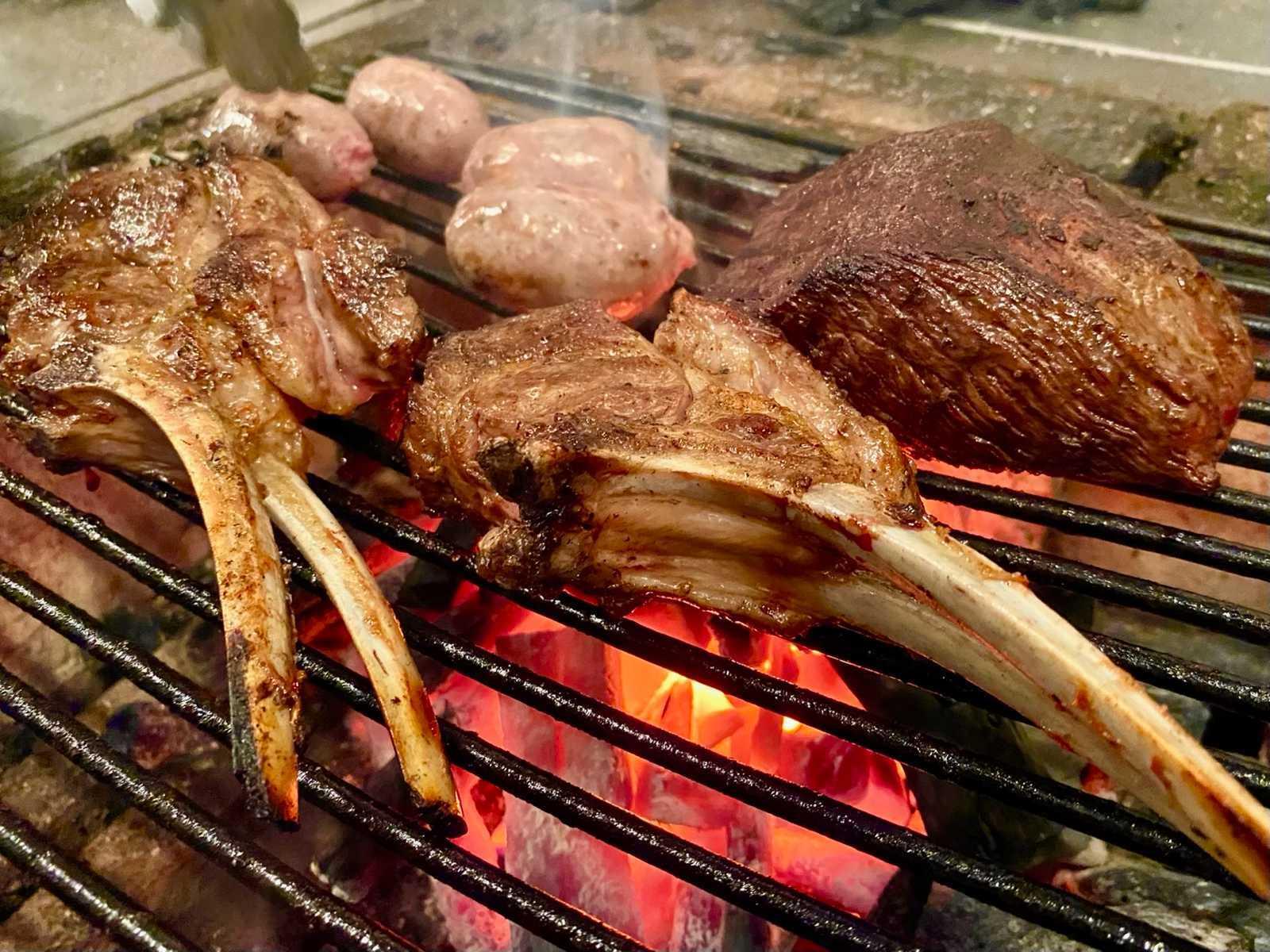 topic : HiRo大阪店で味わう真夏の炭火焼き